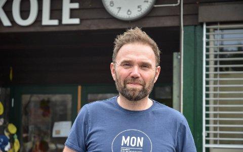SLUTTER: Pål Marius Skjærstad slutter som rektor ved Lund skole i Løten og starter i ny jobb fra 1. august.