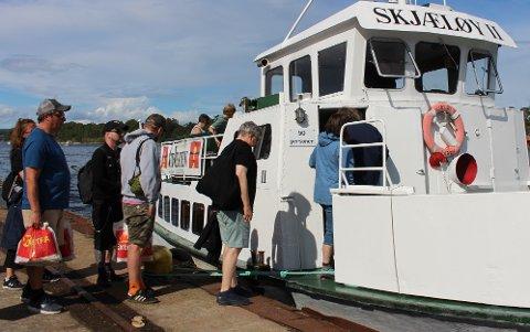 9000 passasjerer har seilt med passasjerfergen Skjæløy i Helgeroafergene sommeren 2020. Det er 200 flere passasjerer enn fjoråret 2019.