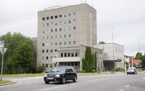 Økonomien i Ringerike kommune er et hett tema for debatt nå før valget.