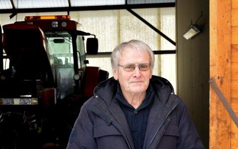 HAVARERT: Oddvar Røysis havarerte traktor har kostet partene flere hundre tusen kroner i sakskostnader.
