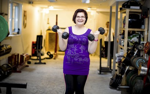 Katrine trener tre ganger i uka for å holde seg i form. Foto: Lisbeth Lund Andresen