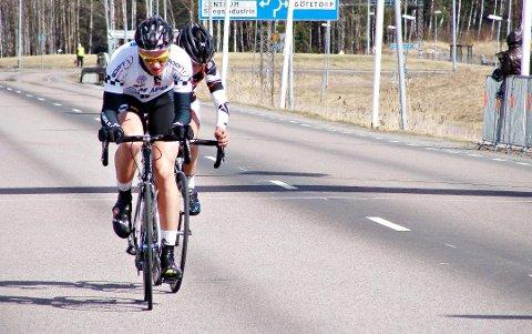 Ole Petter Skogstad ble ansett som en meget talentfull syklist.