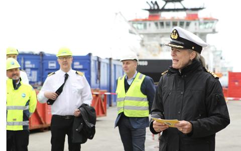 Havnedirektør Merete Eik forteller at Stavangerregionen Havn har store ønsker og planer for områdene sine i Risavika.