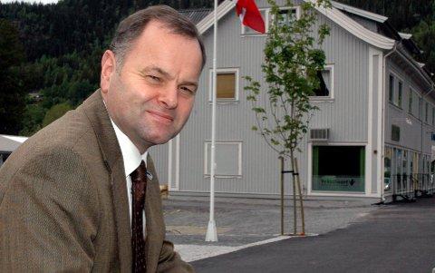 Fagernes: Olemic Thommessen (H) var en av ti Høyretopper som i fjor protesterte høglytt mot forslaget om kutt i antall tingretter. han sier til avisa Valdres i dag at han er svært glad for regjeringens nye innstilling.
