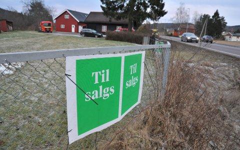 STADIGTILSALGS:Hadelandsveien 629 på Mosletta har vist seg å være vanskelig å få solgt.