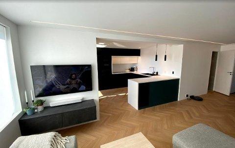 Det er denne åpningen mellom stue og kjøkken det er gjort endringer i. Veggen er bærevegg.
