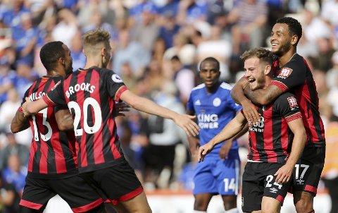 Ryan Fraser (t.h.) har vært fantastisk god for Bournemouth denne sesongen. Vi tror han kan skape trøbbel for Crystal Palace mandag kveld. (Mark Kerton/PA via AP)