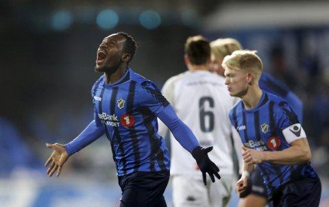 Formsterke Franck Boli sendte Stabæk i ledelsen 1-0 hjemme mot Strømsgodset i den siste seriekampen, men det holdt ikke inn for Stabæk og kampen endte 2-2. Foto: Ørn E. Borgen (NTB scanpix)