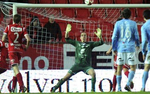 Hannes Halldorsson spilte Branns 3-1-seier over Sandnes Ulf i 2012, da han var på tidenes korteste lån i bergensklubben. (Arkivfoto: Arne Ristesund)