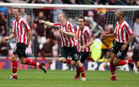 Sunderland og Grant Leadbitter (nummer to fra venstre) møter formsterke Doncaster hjemme på Stadium of Light på langfredag.