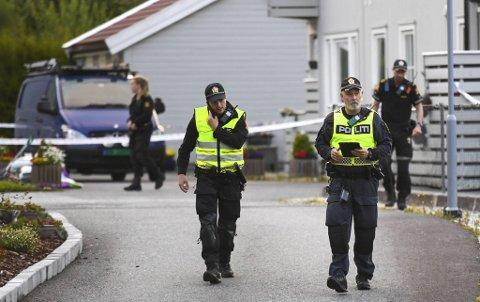 Tragedien som skjedde i juli i fjor rystet det rolige nabolaget på Askøy.