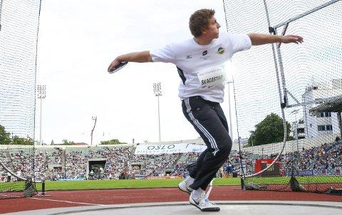 65 METER: Eg har eit mål om å kaste 65 meter i vindstille, seier den norske diskoskjempen Sven Martin Skagestad.