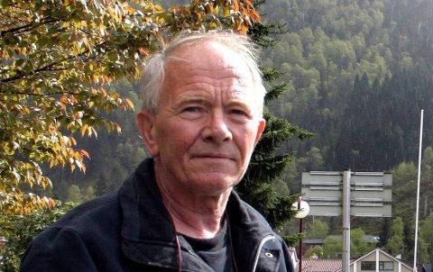 Det er ei gåte korleis Helge Schei har erverva seg ein tittel som samfunnsplanleggjar, skriv Kjartan Myklesbust (bildet).
