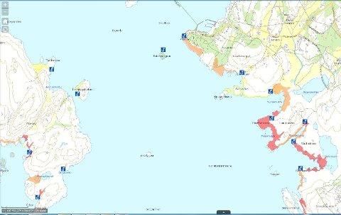 Utsnittet av kartet viser deler av Akerøy, Pikesten på Brattestø og strandsonen over mot Viker.