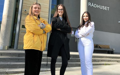 UREDDE: (F. v.) Hannah Berg (27), Maria Imrik (21), og Bianca Skoglie (24), fra hhv. Rødt, Ap, og Frp, mener det er bra for lokaldemokratiet om andelen kvinner i bystyret øker.