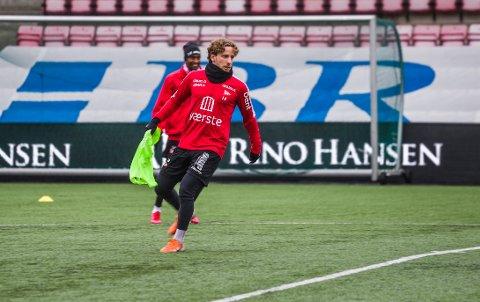 """Ludvig Begby er tilbake i full trening. """"Ludde"""" er derfor høyaktuell til en plass i troppen mot Brattvåg søndag."""