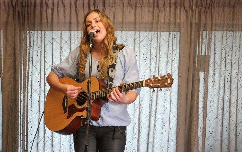 Siri Vølstad Jensen spiller på countryfestivalen i august.