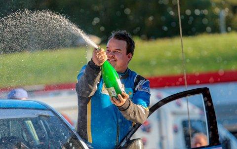 GULLMANN: Endelig kan Martin Nygård kalle seg norgesmester i rally. Utvilsomt et karrierehøydepunkt for 24-åringen.