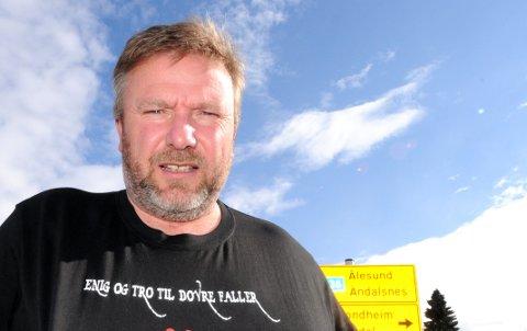 ENIG OG TRO TIL DOVRE FALLER: - Har ikke kommunene i Nord-Gudbrandsdal livets rett, spør Bengt Fasteraune, Dovre, i Stortingets spørretime onsdag.