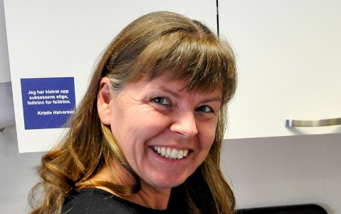FORNØYD: Kari Lokrheim i Gran handel og håndverk er  fornøyd med at butikker og serveringssteder kan åpne mandag.