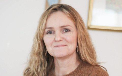 FORTVILET: Elise Linnea Eberson er selv mor til en narkoman og har samtalegrupper med pårørende til andre narkomane. Hun skriver om Alkohol og Narkotika som inngår mange og ødeleggende vennskap.