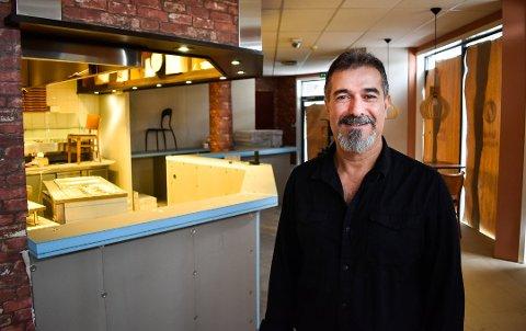 FISKETORGET: Shawan Mustafa Abdallah fra Fredrikstad åpner sin fjerde kebab-restaurant. Denne gangen i Halden.