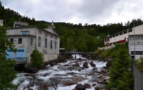 Elva Tysso renn gjennom Ulvik sentrum og er allereie utnytta i Ulvik 1 kraftverk.