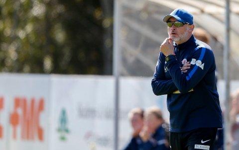 MELLOMFORNØYD: - Skal vi være med i toppen, burde vi hatt med oss en trepoenger i dag, sa Avaldsnes-trener Thomas Dahle etter 1-1 mot Rosenborg lørdag. Arkivfoto.