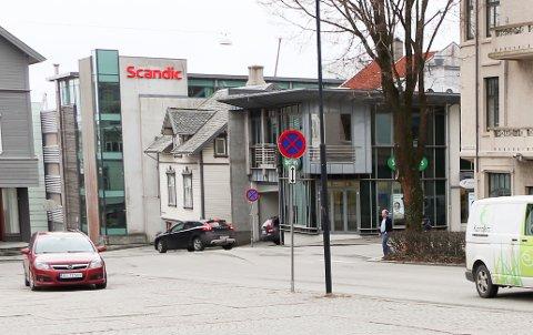 SENTRUM: Knut Knutsen O.A.S. gate blir preget av graving og trafikkbegrensning framover.