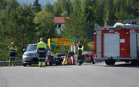 Trafikkulykka skjedde i krysset der veien fra Trofors kommer inn på E6.