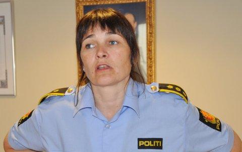 FÅ REAKSJONER: Inger Anita Øvregård i Reinpolitiet kom kun med en liten håndfull reaksjoner etter en roligere påske enn normalt på snøscooterfronten.