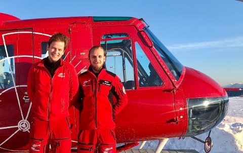Pilot Andre' Graadahl (høyre) sammen med Training Captain Victor Cook.