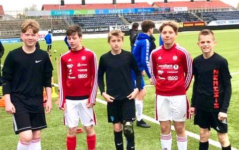 Erlend Vikholt Larsen, Jonas Vasseng, Magnus Valhovd, Theo Bergersen og Jonas Solvang får prøve mental trening, noe de aldri har prøvd seg på før.