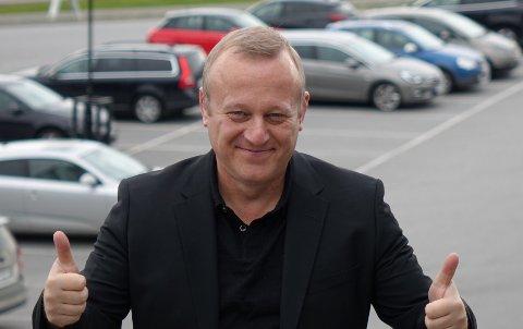 FORTELLER OM STOR TRAFIKK: Senterleder Bjarke Juhl i Amfi Bjørkelangen forteller at nesten dobbelt så mange kunder besøkte senteret i forhold til en vanlig fredag i forbindelse med Black Friday. FOTO: PRIVAT