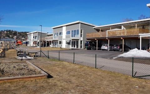 INNFLYTTING: Folk har begynt å flytte inn i de nye boligene i Almesvingen, som ligger på Solsiden-feltet.