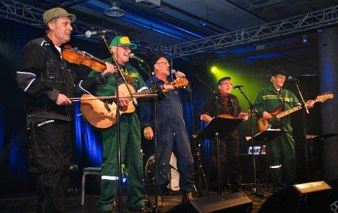 TIL QUEENS: Vømmølstøv er klare for konsert med gamle Vømmøl-låter. (Pressefoto)
