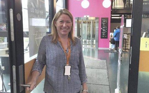 GJENÅPNER 22. OKTOBER: Heidi Scart Hansen gleder seg til at Lambertseter bibliotek nå blir enda mer tilgjengelig. PRESSEFOTO