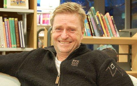 DEN 12. BOK:  Sigmund Falch på Kolbotn er ute med sin tolvte humorbok i serien med gamle sort/hvitt-bilder ledsaget av nynorske kommentarer.