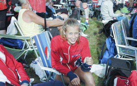 Grunn til å smile: Kristin Melby Jacobsen, Lardal O-lag, er et stort idrettstalent, og på torsdagens sprintløype (2090 m.) dro Lardal-jenta til med en knallsterk 2. plass i D 13-14, og fortsettelsen i Sørlandsgaloppen kan bli mer enn spennende og interessant nok.