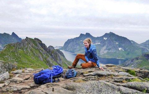 STOR LIVSENDRING: Med jobb i Larvik hadde Marthe Norreen Thorsen (34) sett for seg et liv som trafikkskolelærer. Slik ble det imidlertid ikke, men det gjør slettes ingenting: – Jeg er veldig fornøyd med hvor jeg er i dag. Ja, jeg føler at jeg er på rett hylle nå, sier hun.