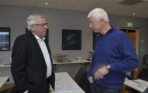 PLASS NOK: Ordførerne Erik Hanstad (tv) Elverum og Einar Busterud, Hamar har begge plass til nye sjukehusbygg i sine kommuner.