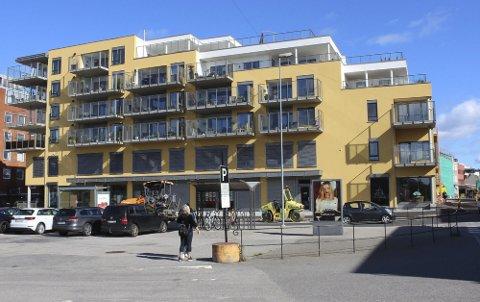 En leilighet i denne blokka gikk for 6,8 millioner kroner.