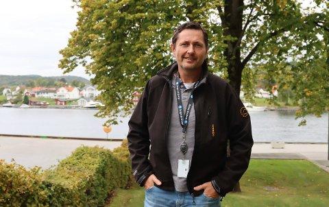 FIKK PENGER: Allan Finden og SOIL fikk 35.000 til utstyr og infrastruktur for e-sport.