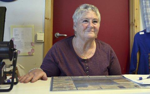 Stødig drift: Hobbystua med Alfhild Danielsen i bresjen, står støtt etter 25 års drift.