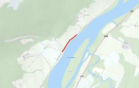 Det delen av veien som er markert rød, mellom Asphaugmoen og Asphaugen ved Svartisdalveien, er stengt.