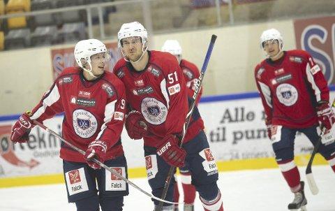 59 ganger: Jørgen Grøndahl (t.v.), Patrik Vaakanainen og Daniel Janås er blitt vant til å lage mål i høst. Foto: Roar Grønstad