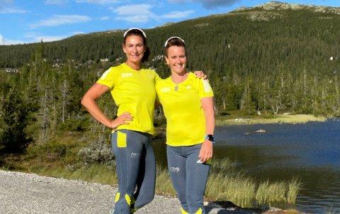 BLI MED: Anne Thrana og Benedikte Henriksen løper og løper, men nå vil de ha med deg også. - Nå starter vi en løpegruppe i Sætre, og starter på nybegynnernivå, sier Thrana.