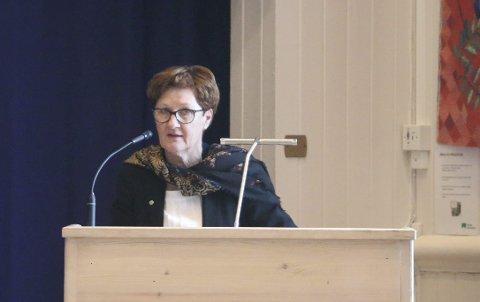 MULIGHET: Varaordfører Tove Ødeskaug (Sp) er overrasket over hvor dårlig det står til i kommuneøkonomien og vil ikke utelukke at det kan bli eiendomsskatt neste år.