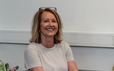 SMITTESPORER: Nina Børnick er en av 6-8 smittesporere i Sandefjord kommune, og jobber med å kartlegge bevegelsene og nærkontaktene til de som får en positiv koronatest.