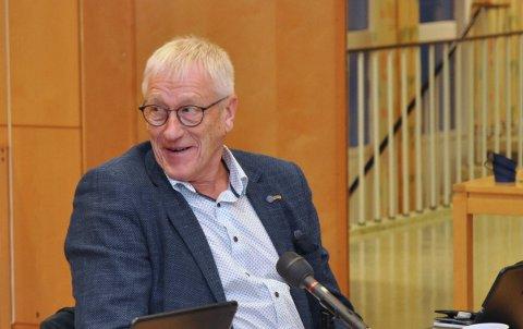 2,8 MILLIONAR: Arne Kleppa ville i alle fall vita kor mykje det var muleg å henta inn om eigedomsskatten blei auka med ein promille.